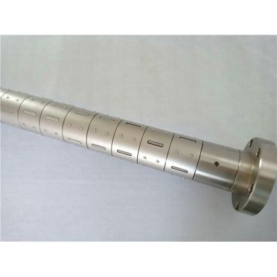Slip differential air shaft for slitting machine